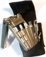 Photo: kelioniniai irankiai + stipinu raktas, grandines raktas, geras metalas, kompaktiski - 45 lt.
