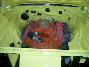 Photo: The 440 is installed without removing the hood and no scratches