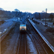 Photo: The down train leaves Charlbury on the up line (1971)