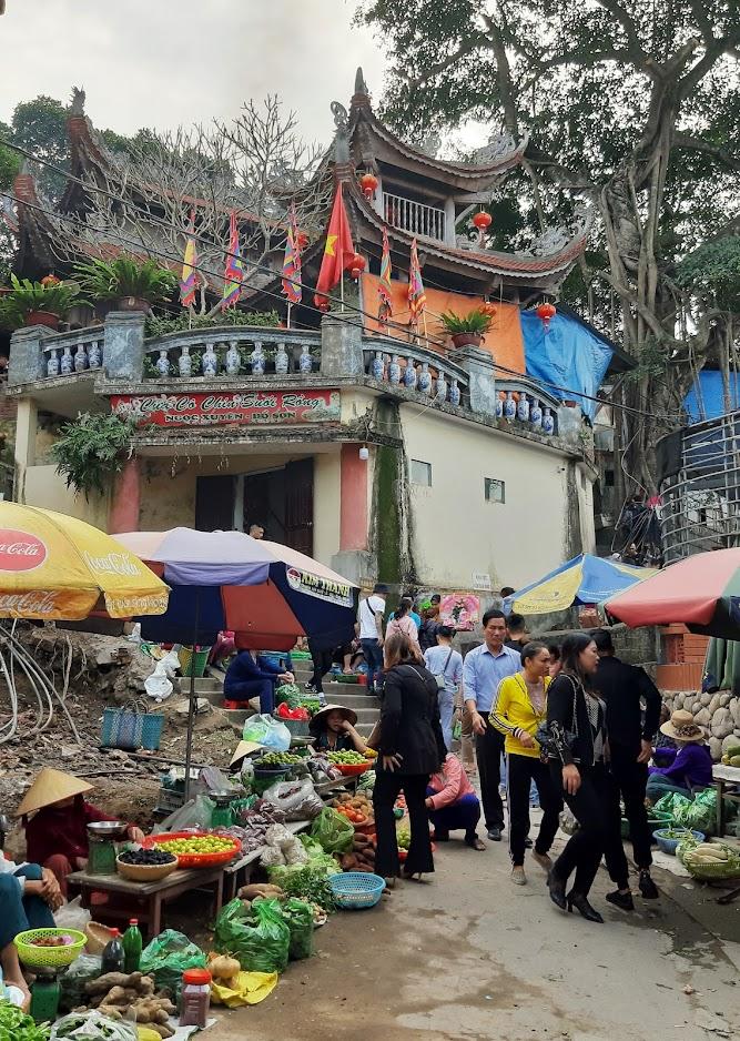 Đường đi đền Cô Chính Suối Rồng ở Đồ Sơn tại Hải Phòng