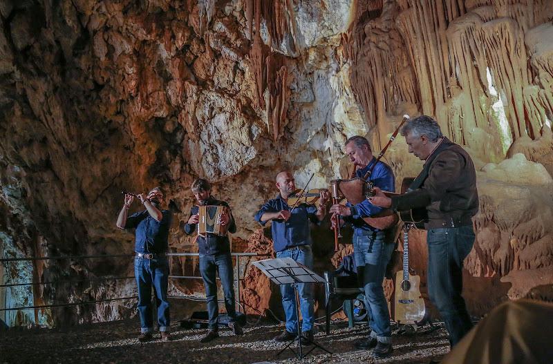 Nelle grotte di mario chiaiese foto