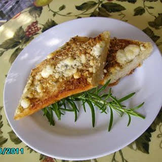 Rosemary Blue Cheese Garlic Bread.