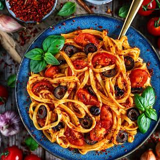 Garlic Tomato Cashew Linguine with Olives.