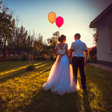 Wedding photographer Alevtina Shvidkova (Shvidkova). Photo of 18.06.2016