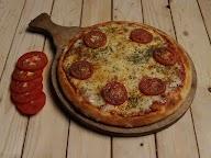 Lip Lick Pizzeria photo 1