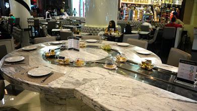 Photo: Shopping und Essen in der Dubai Mall