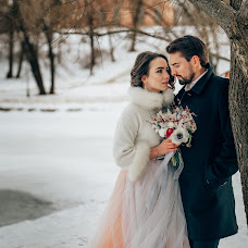Wedding photographer Evgeniy Viktorov (photo-stamp). Photo of 20.03.2017