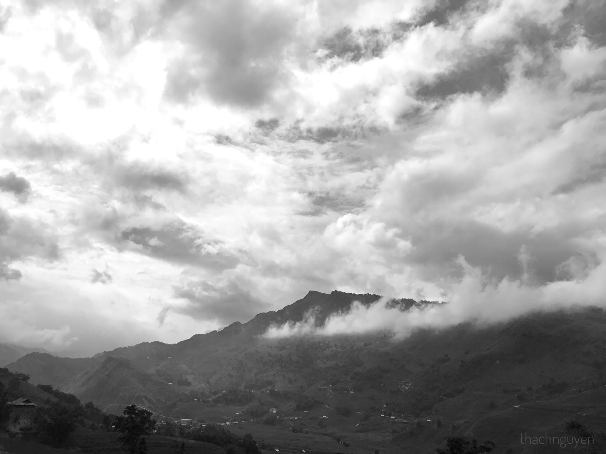 hùng vĩ núi đồi - bản tả van