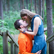 Wedding photographer Aleksandr Kosarev (Almotional). Photo of 12.07.2013