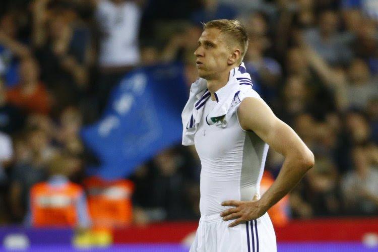 Hein Vanhaezbrouck offre à Lukasz Teordorczyk les adieux qu'il mérite