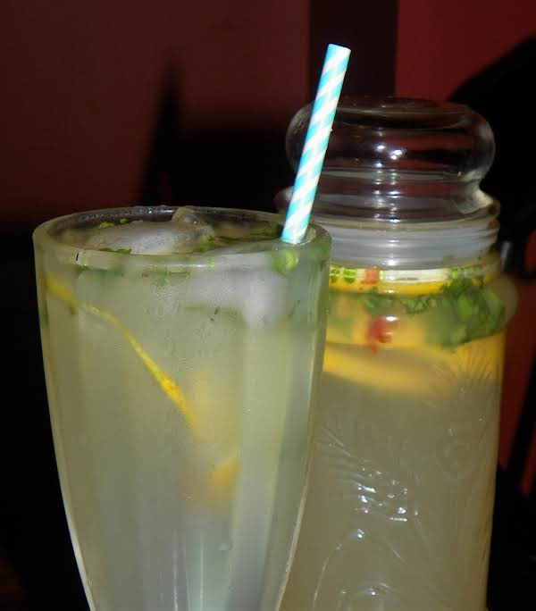 Portuguese Lemonade Recipe