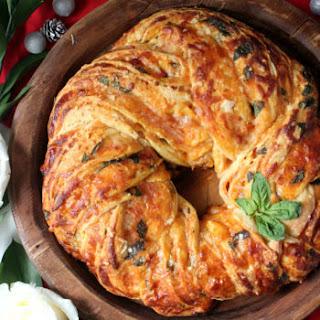 Cheesy Caprese Christmas Wreath Bread