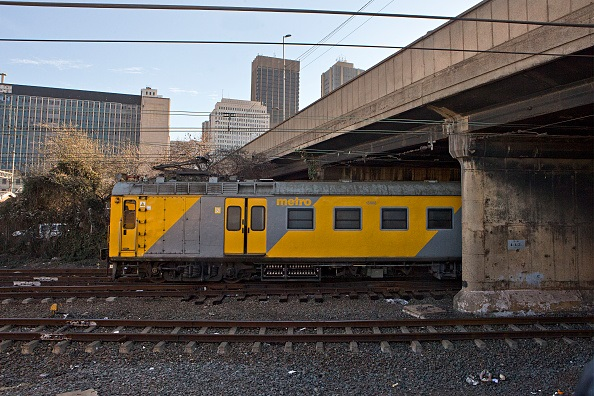 Metrorail Gauteng is making arrangements to transport monthly and weekly ticket holders from Naledi to Midway station.