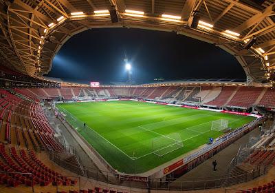 📷 Stupeur aux Pays-Bas : le stade de l'AZ Alkmaar ravagé par une tempête