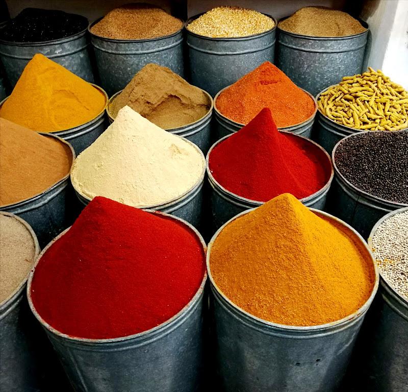 Il mercato delle spezie di Kamone