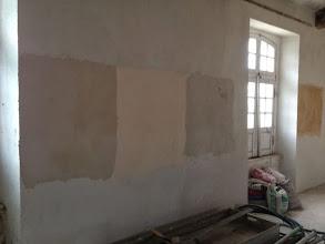 Photo: Essais couleurs cimaises et murs