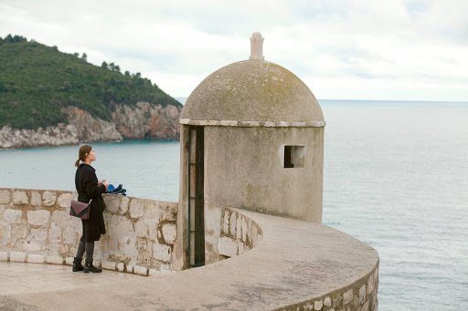 Dubrovnik-lookout-point.jpg - A lookout point along the medieval battlements of Old Dubrovnik.