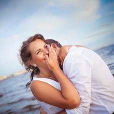 Wedding photographer Nina Potapova (ninapotapova). Photo of 24.02.2015