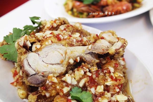 吉米THAI•泰式料理-平價又好吃,100元就可以吃到泰式簡餐!!單點推酥麻香的雲泰椒麻雞和酸味迷人的檸檬魚!!!! @ 棠米子的時空膠囊