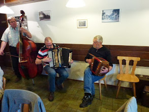 "Photo: Das "" ad hoc Trio "" am Bass Fritz Müller,  Fritz Imfeld und Hans Kemp am Örgeli"