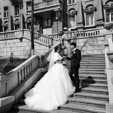 Wedding photographer Elena Dmitrova (LenaLena). Photo of 09.04.2018