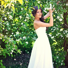 Wedding photographer Alena Grebeneva (Grebeneva56). Photo of 25.05.2015