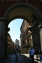 Photo: Arco de la Plaza Mayor hacia la calle Toledo