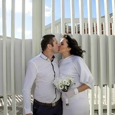 Wedding photographer Kseniya Bondarenko (Ksenon). Photo of 04.10.2015