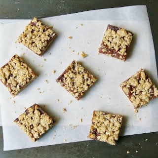 Healthy Oat And Flax Date Squares.