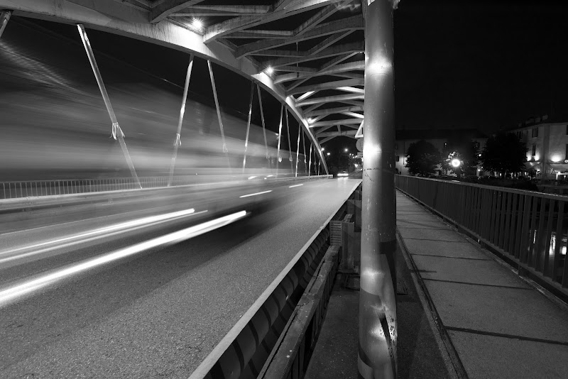 Need for speed (on the bridge..) di Cperso