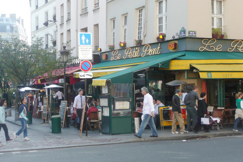 market at latin quarter