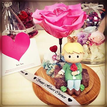 ❤️小王子🌹系列❤️***最後一個粉紅色現貨***送給您的他/她❤訂制需時3-5工作天(可以選擇免費刻名/心意咭)由鮮花而製的保鮮花,不需要陽光照射,不需要澆水,就能保存達三年。 歡迎whatapps 查詢有關詳情Tel:67417898❤  #不凋花 #小王子 #結婚禮物 #sweetheartcorner #giftforher #擺設 #情人節限定 #hkiger #hkflower #保鮮花 #情人節 #生日 #紀念日 #情人節花 #送禮 #謝師 #畢業 #小禮物 #生日禮物 #花 #音樂盒  #謝師禮物  #情人節禮物  #彩虹玫瑰 #相架 #禮物 #handmade #玫瑰花 #hkigshop