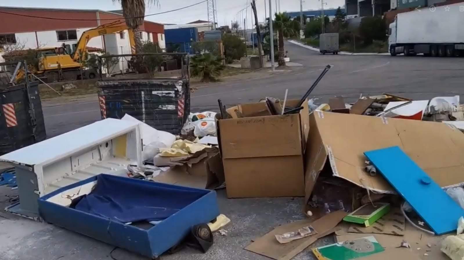 Verdemar denuncia la presencia de residuos de todo tipo en el Cortijo Real en Algeciras