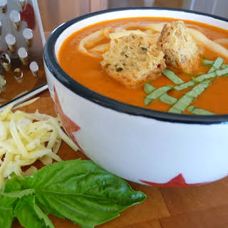 Creamy Tomato Soup with Garlic-Herb Croutons (GF, DF).