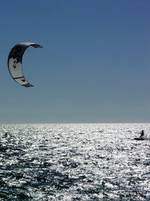 Kite-surf, Praia do Carlos, Armação de Pêra, Agosto 2007, © António Baeta Oliveira