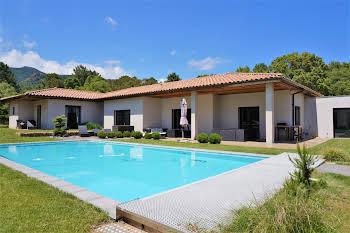 Villa 7 pièces 255 m2