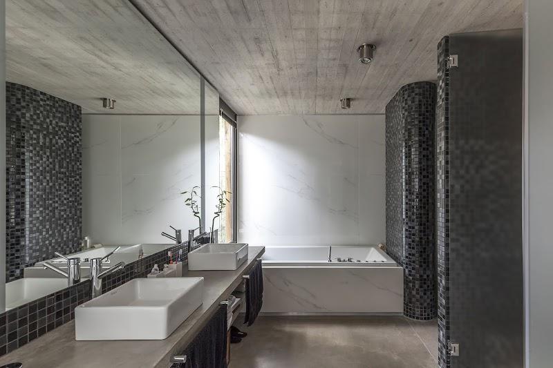 Casa Aranzazu - Besonias Almeida Arquitectos