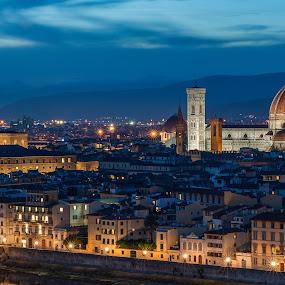 by Miroslav Havelka - City,  Street & Park  Night ( santa maria dela fiore, tuscany )