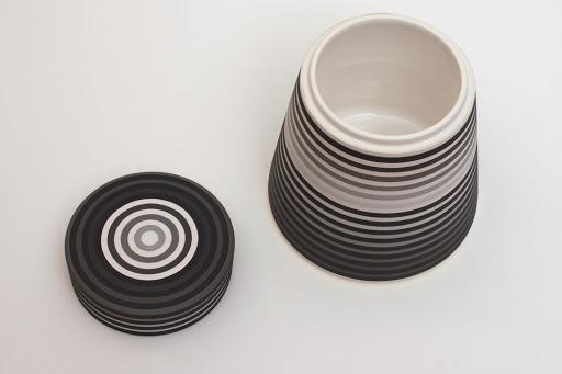 Jin Eui Kim Ceramic Jar 05