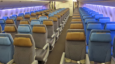 Photo: Fore economy cabin 3-3-3 configuration on Singapore Air's new B777-300ER