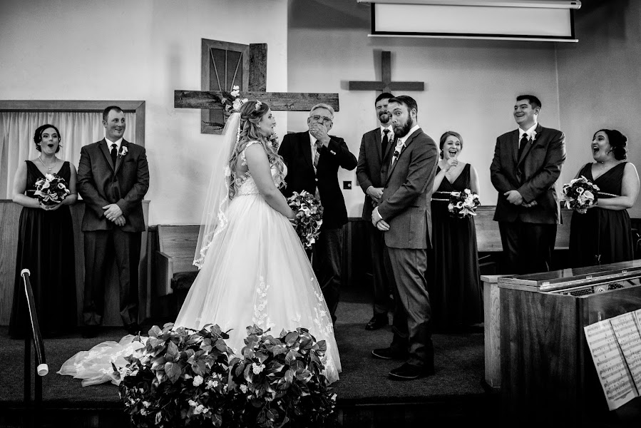Wedding photographer Marcin Karpowicz (bdfkphotography). Photo of 12.04.2018