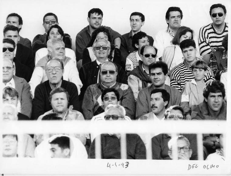 Rafa \'El Rubio\' en el palco del Juan Rojas.