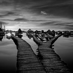 Sunset over fishing huts by Atanas Donev - Black & White Landscapes ( black and white, lake, houses in water, bokodi lake, fishing huts )