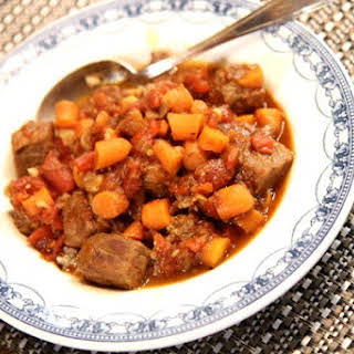 Jerk Beef Stew with Carrots and Tomatoes.