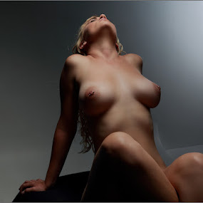 In the light by Clifford Els - Nudes & Boudoir Artistic Nude