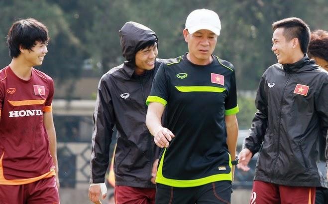 Olympic Việt Nam gấp rút tập luyện cho trận với Nhật Bản[/b]