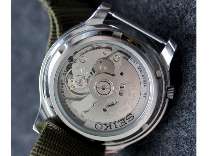 Tìm hiểu trước một chút về những thông số không những giúp bạn chọn được cho mình chiếc đồng hồ thích hợp mà còn tránh được nguy cơ mua hàng giả