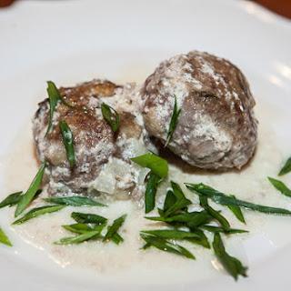 Mushroom Burgers in Sour Cream Sauce