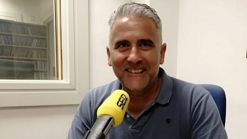 Pepe Morales avisa de un Oviedo que siempre crea peligro.