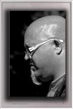 Foto: 2013 05 10 - P 197 E - Bart und Brille